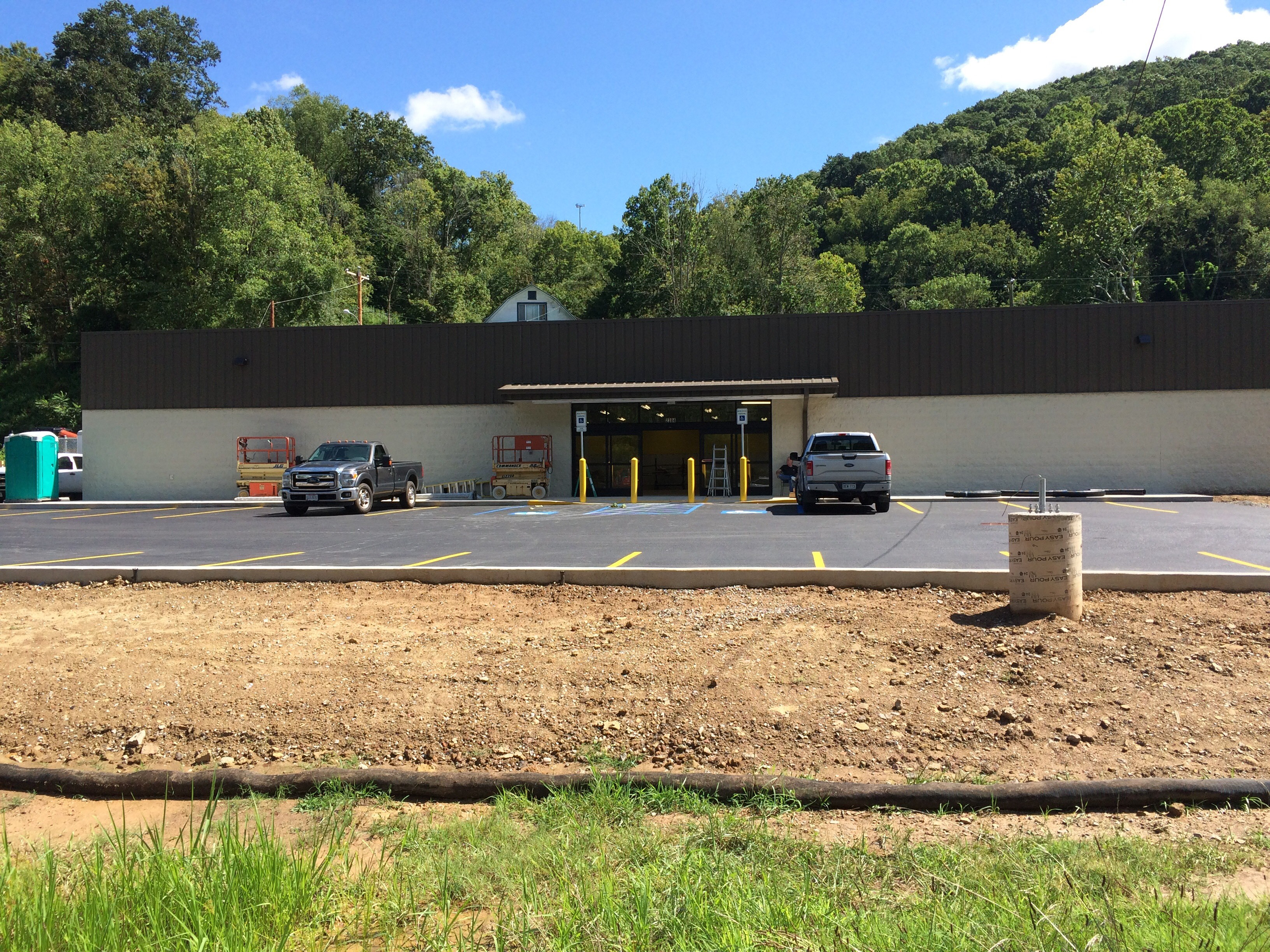 outside 1, dollar general, charleston wv,, shopping, supermarket, retail, commercial, commercial construction