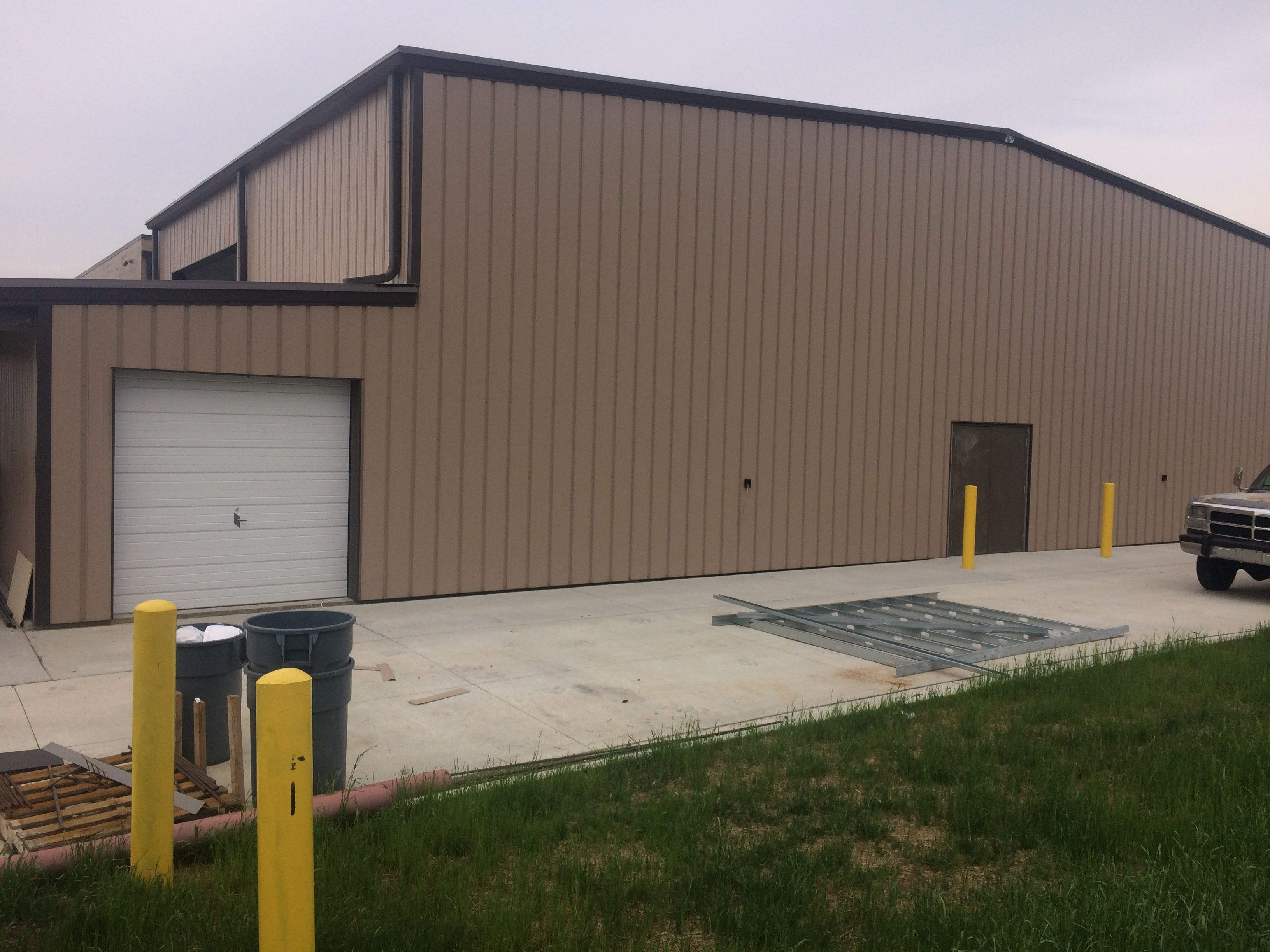 garage view 3, loves, jeffersonville oh,, shopping, supermarket, retail, commercial, commercial construction