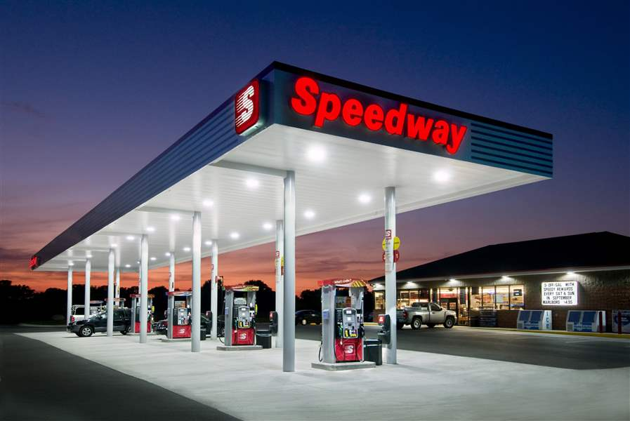 speedway gas station with pumps, speedway gas station construction, commercial general contractors, commercial construction, gas station builders